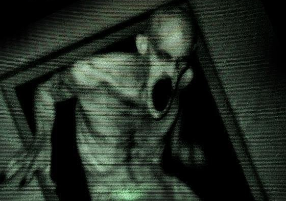 """Filmkritik: Found-Footage-Sequel """"Grave Encounters 2"""" öffnet euren Mund noch weiter"""
