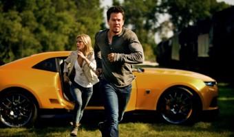 """Mark Wahlberg findet einen Transformer im neuen deutschen Trailer zu """"Transformers: Ära des Untergangs"""""""