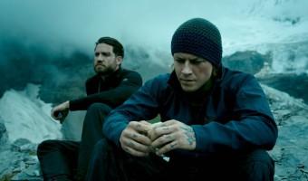 """Filmkritik zu """"Point Break"""": Extremsport trifft auf adrenalingeladene Action"""
