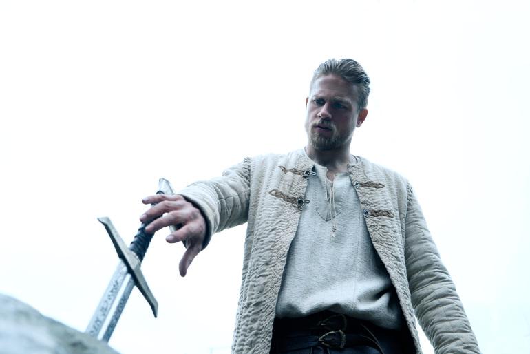 KING ARTHUR: LEGEND OF THE SWORD, Copyright: © 2017 WARNER BROS. ENT. INC., VILLAGE ROADSHOW FILMS NORTH AMERICA INC. AND RATPAC-DUNE ENT. LLC - U.S., CANADA, BAHAMAS & BERMUDA © 2017 WARNER BROS. ENT. INC., VILLAGE ROADSHOW FILMS (BVI) LIMITED AND RATPAC-DUNE ENT. LLC - ALL OTHER TERRITORIES, Photo Credit: Daniel Smith