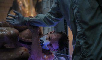 """Erster Teaser Trailer zur neuen Netflix Sci-Fi Serie """"Altered Carbon"""" mit Joel Kinnaman"""