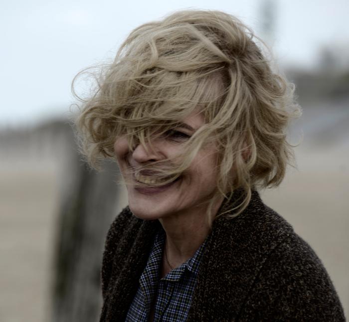 Die schönen Tage – Erster deutscher Trailer zur französischen Romance mit Laurent Lafitte und Fanny Ardant