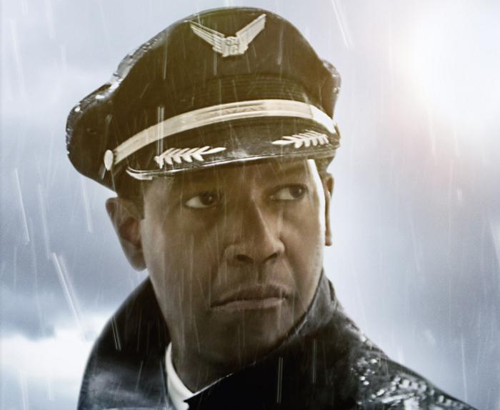 """Filmkritik: Denzel Washington stürzt in """"Flight"""" ab"""