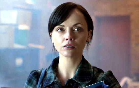 Around the Block – Erster Trailer zum Lehrer-Drama mit Christina Ricci