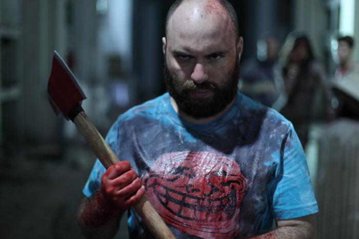 """Freilaufende Psychos im ersten Trailer zum Horrorthriller """"Aftershock"""" mit Eli Roth"""