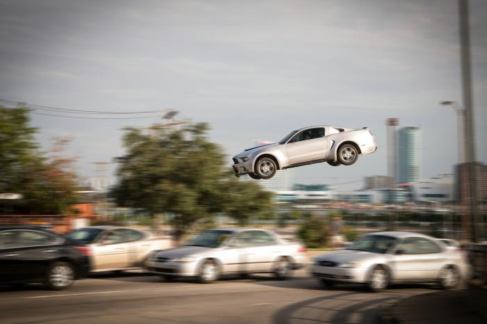 """13 neue Bilder aus der """"Need for Speed""""-Verfilmung mit """"Breaking Bad""""-Star Aaron Paul"""