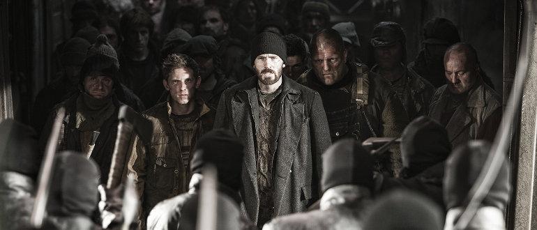"""Filmkritik zu """"Snowpiercer"""": Der letzte fahrende Zug mit den letzten Menschen der Welt"""