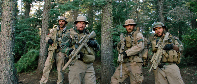 """Filmkritik zu """"Lone Survivor"""": Peter Berg schickt Mark Wahlberg in den Krieg"""