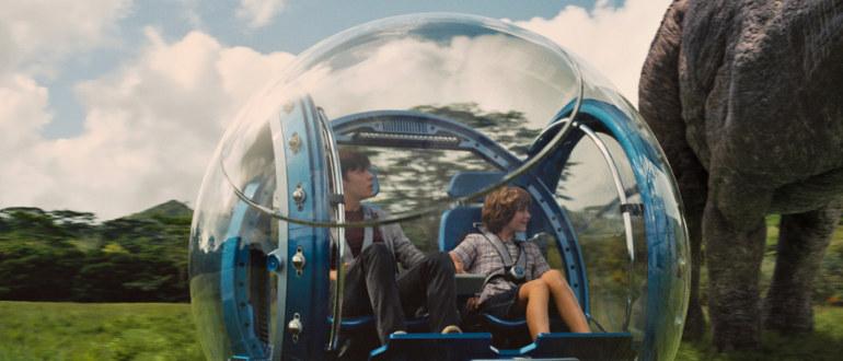 """Verfrühte Trailerpremiere zu """"Jurassic World"""": Einführung in den Park im ersten Trailer"""
