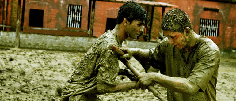 """Filmkritik zu """"The Raid 2"""": Iko Uwais wird zum neuen Martial-Arts-König"""