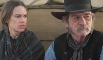 """Filmkritik zu """"The Homesman"""": Tommy Lee Jones und Hilary Swank inmitten des Wilden Westen"""