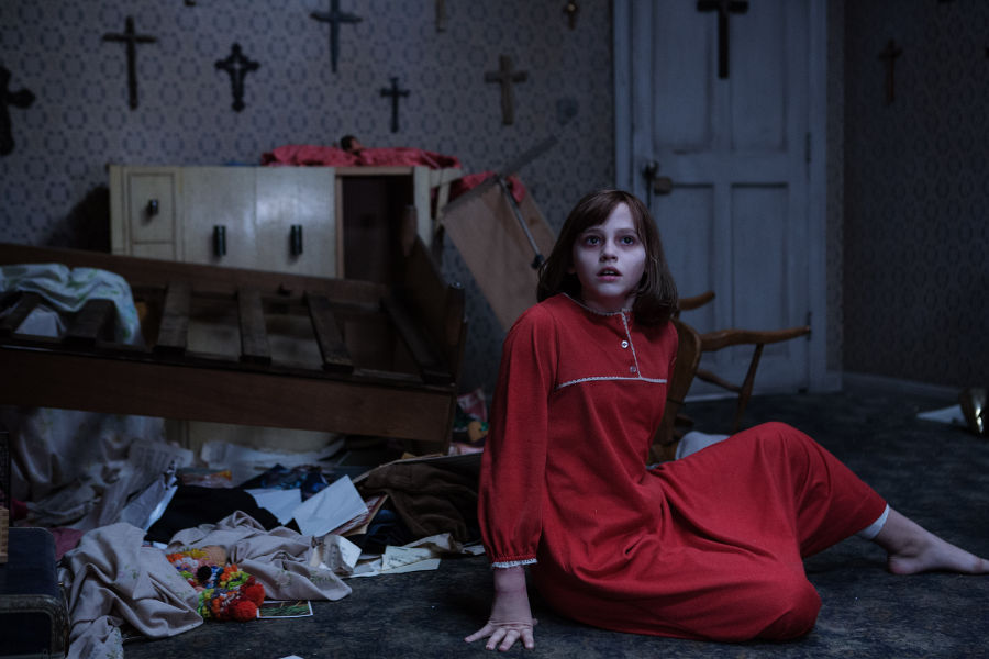 The Conjuring 2, © 2015 WARNER BROS. ENTERTAINMENT INC. AND RATPAC-DUNE ENTERTAINMENT LLC ALL RIGHTS RESERVED, Photo Credit: Matt Kennedy