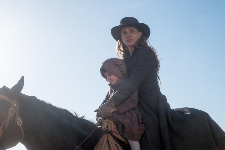 """Filmkritik zu """"Jane Got a Gun"""": Natalie Portman inmitten des rauen Western"""