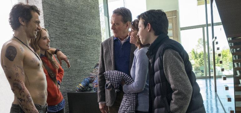 """James Franco macht Bryan Cranstons Leben schwer – im ersten deutschen Trailer zu """"Why Him?"""""""