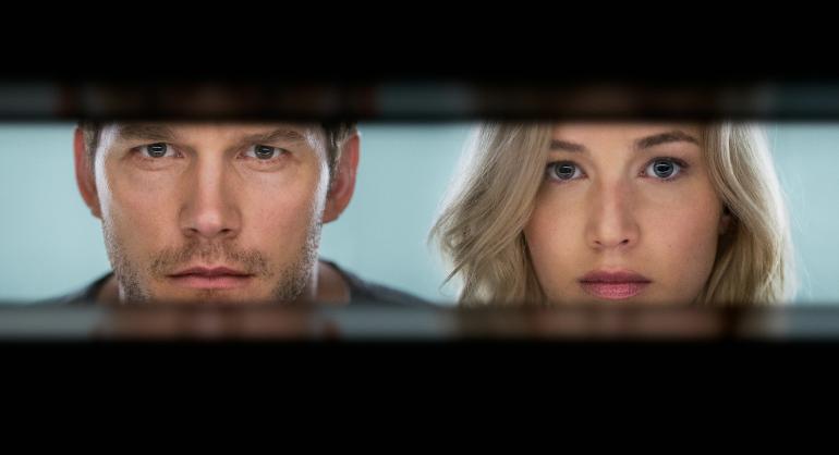 """Chris Pratt und Jennifer Lawrence wachen 90 Jahre zu früh auf: Erster Trailer zu """"Passengers"""""""