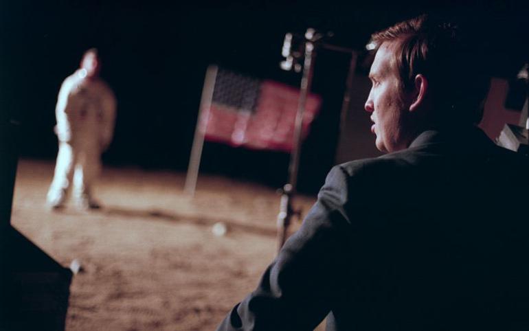 """Filmkritik zu """"Operation Avalanche"""": Verschwörungsthriller über die diskutierte Apollo 11-Mondlandung"""