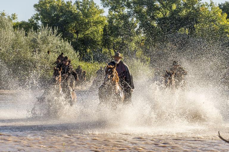 "Netflix mit neuer Western-Serie ""Godless"" von Steven Soderbergh: Erster Teaser Trailer"
