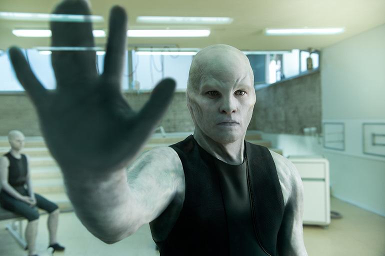 """Review zum Sci-Fi-Thriller """"Titan"""": Sam Worthington und die nächste Stufe der menschlichen Evolution"""