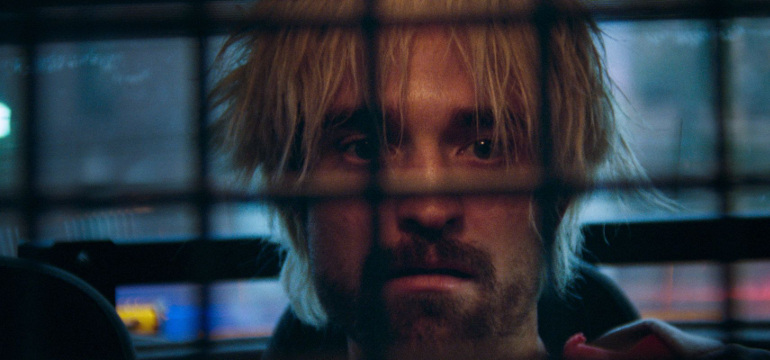 "Filmkritik zu ""Good Time"": Robert Pattinsons Odyssee durch die Unterwelt New Yorks"